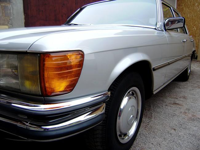 Old barn motors mercedes 280 se w116 english page for Garage 2001 strasbourg